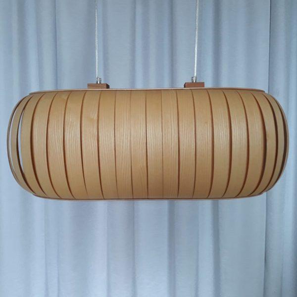 Lampa z drewna